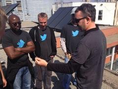 Inveneo Engineer Sam Perales discussing installation plans with Twitter volunteers.